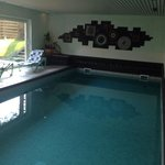 24h heated swimmingpool