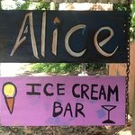 ‪Alice Ice Cream Bar‬