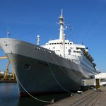 SS Rotterdam vanop de kade