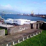 Auf der Festung. Blick  auf die Hafeneinfahrt