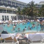 Very crowded pool