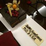 Honeymoon cum birthday cake for me n hubby:)