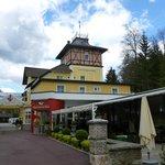 Restaurant Building of the Hotel Post in Velden
