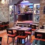 La salle principale du Café Gecko
