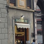 Black bar