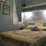 Elizabeth's Place bedrm3