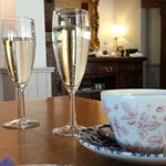 Afternoon Tea & Bubbly
