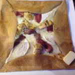 Galette of cheese, aubergine