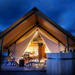 Glamping tents with hot tub