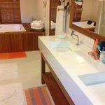 banheiro da suite master camomila