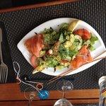 Salade de saumon fume maison fèves
