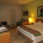 big room/king bed