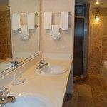 Marble BathRoom Vanities