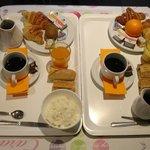 plateaux du petit Déjeuner