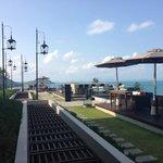 Air bar & outdoor seating
