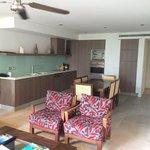 kitchen, lounge & dinning area