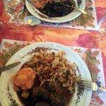 civet de sanglier pour l'un et joue de porc au pinot noir et spaetzle