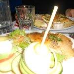 Gratin de pomme de terre et burger veggie