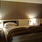 Schönes und gemütliches Zimmer