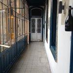 Hotelflügel zu einigen Zimmern