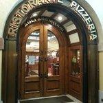 Φωτογραφία: Ristorante Pizzeria agli Eremitani