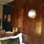 the cabin room