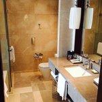 Standard bedroom - bathroom