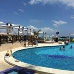 Mandalay Beach Club - Free for Aloft