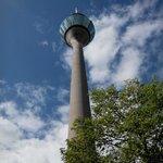 Башня снизу
