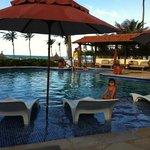 Área da piscina e lounge
