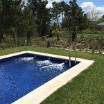Cada suite con su propia piscina y jardín