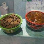 Detalle con jabón y champú tradicional de Marruecos