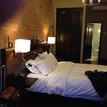 Chambre 207, très confortable, donnant sur St-Paul