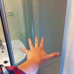 Espaciosa ducha.