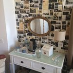 Room 1 - great wallpaper and awesome little tea and coffee making facilities!
