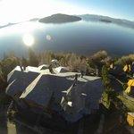 Vista aerea, Lirolay Suites e Isla Huemul