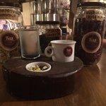 Lal Cafe