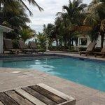 Pardise Villas pool and view to ocean