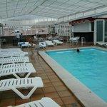 piscina grande y climatizada en el 6 piso