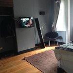 TV y hermoso Espejo