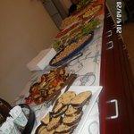 Buffet di antipasti del pranzo di Pasqua