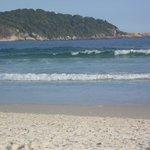 Vista da praia de Lopes Mendes.