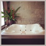 Jacuzzi in master at 4 br villa