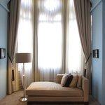 Room 186 Bay Window