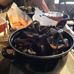 Moules Frites Garlic and Cream