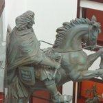 Statua hall