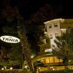 Hotel Tania