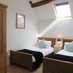 La Colombe twin bedroom