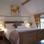 Le Pluvier double bedroom