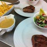 Steak met frietjes.